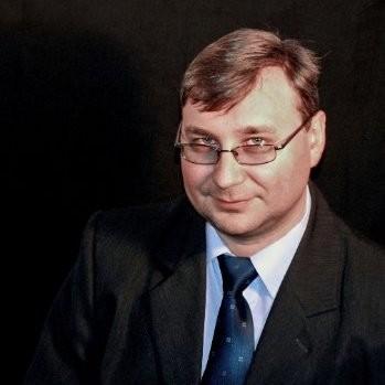 Dr Krystian Stawiński